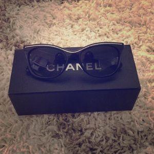 Chanel Chain Aviator Sunglasses, Black